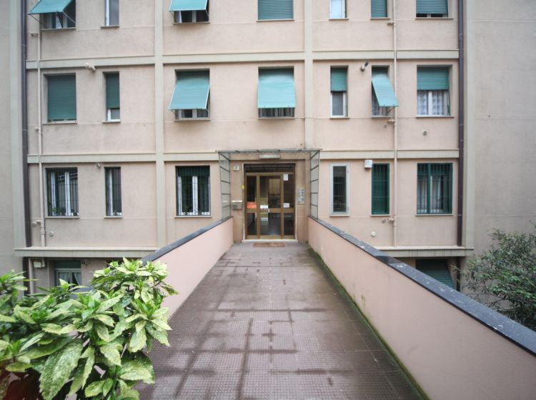 Bilocale in vendita, Scalinata Montaldo  7, Marassi, Genova