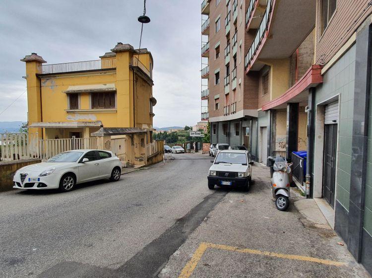 Trilocale in vendita, via Francesco Crispi  135, San Leonardo, Catanzaro