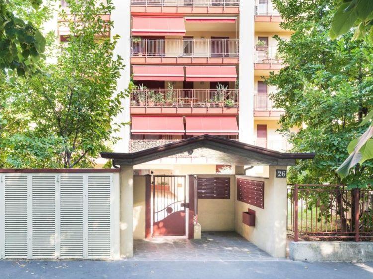 Trilocale in vendita, via Edoardo Chinotto  26, Bande Nere, Milano