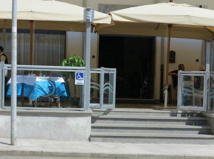 Immobile di 852 m² con 2 locali in vendita a Carsoli