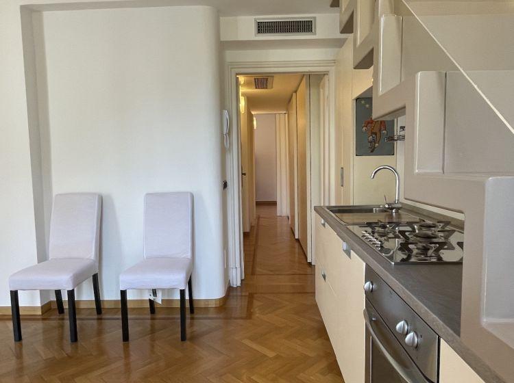 Trilocale in affitto, via Gaetano Previati  37, Fiera, Milano