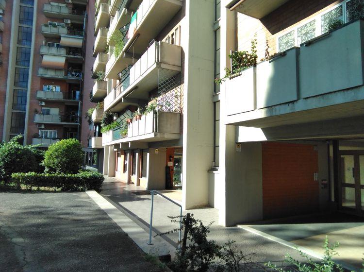 Negozio in vendita, via Davide Campari  112, Tor Sapienza, Roma