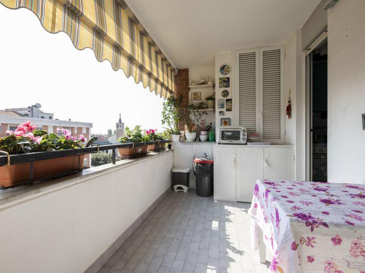 Quadrilocale in vendita, via Pier Silverio Leicht  105, San Basilio, Roma