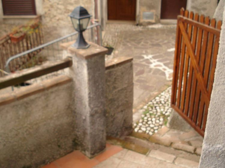 Appartamento di 45 m² con 2 locali in vendita a Colle di Tora