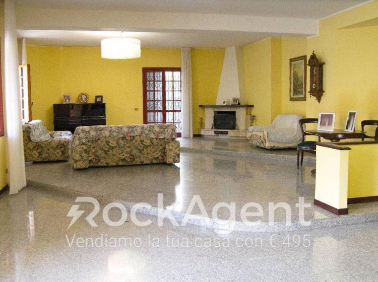 Villa di 440 m² in vendita a Catanzaro
