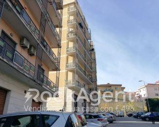 Quadrilocale in vendita, via Cesare Sinopoli  55, Catanzaro