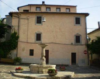 Stabile o palazzo in vendita, via Parodi, Colle Di Tora