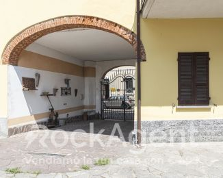 Trilocale in vendita, via Mazzini, Sannazzaro De' Burgondi