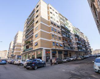 Quadrilocale in vendita, via Masurio Sabino  9, Quadraro, Roma