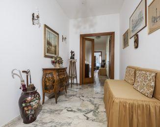 Trilocale in vendita, viale Anicio Gallo  3, Appio Claudio, Roma