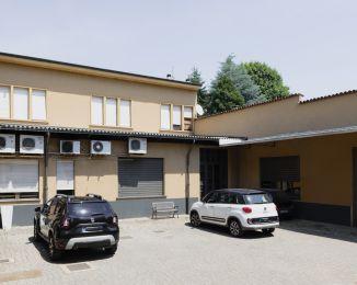 Stabile o palazzo in vendita, Corso Milano  85, Bovisio-masciago