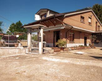 Villa in vendita, Strada della Fiorentina  16, Pralormo