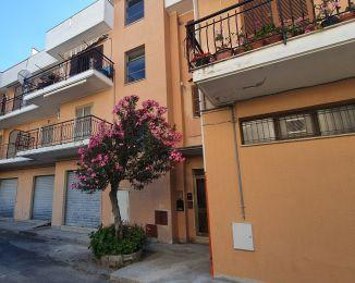 Trilocale in vendita, viale Aldo Moro  58, Marina di Sant'Andrea Jonio, Sant'andrea Apostolo Dello Ionio