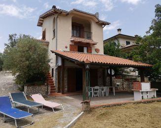 Villa in vendita, via della Macchia snc, Oliveto Sabino