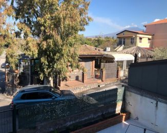 Trilocale in vendita, via San Gaetano  21, Camporotondo Etneo