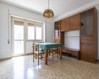 Bilocale in vendita, via Tiburtina  547, Monti Tiburtini, Roma