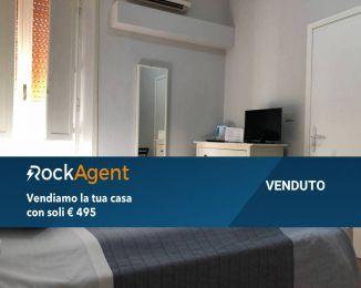 Attività / Licenza di 110 m² con 4 locali in vendita a Roma